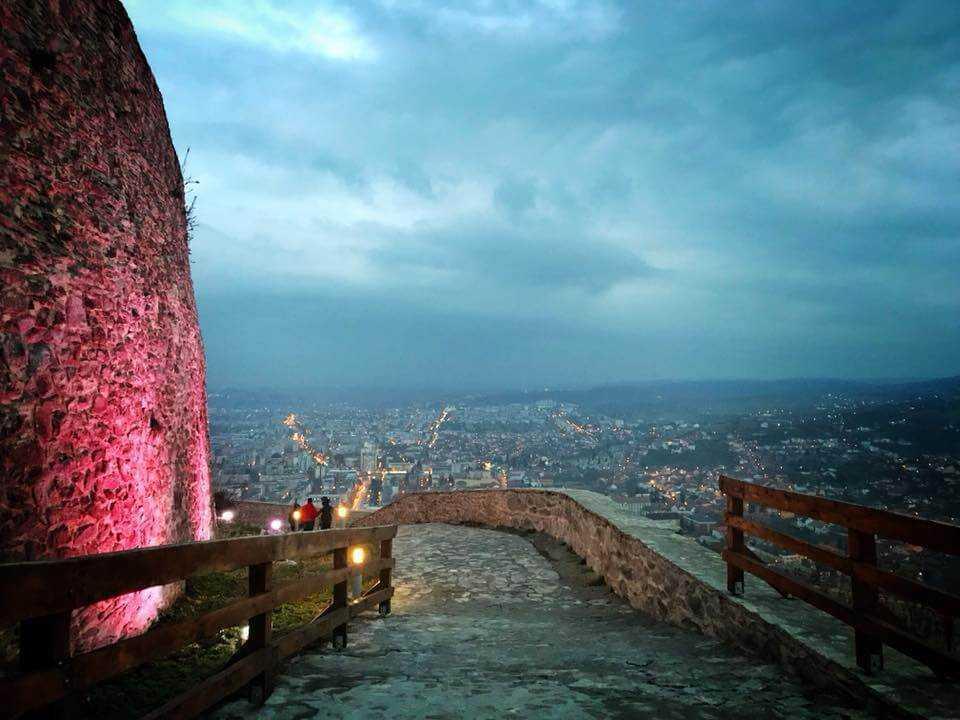 Cu fundul pe istorie Daniel Rosca Cetatea Devei
